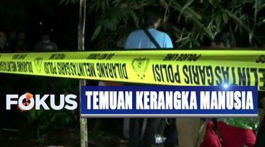 Polisi mengumpulkan data dan melibatkan Tim SAR dan relawan PMI untuk mengangkat tulang belulang manusia ini.