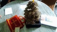 Terpidana mati Merry Utami memberikan hadiah istimewa untuk salah seorang teman kecilnya. (Liputan6.com/Reza Kuncoro)