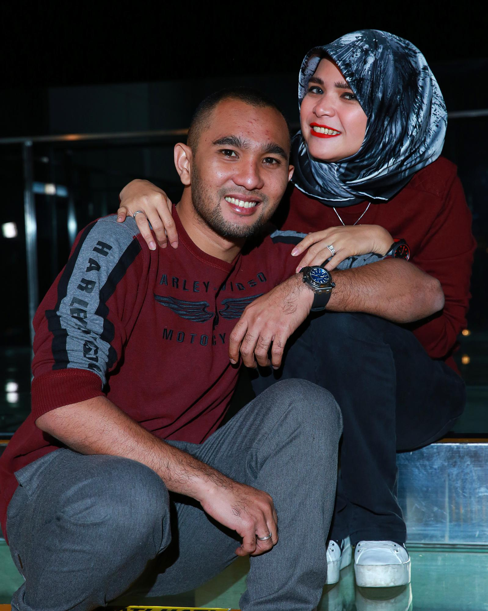 Enji, mantan suami Ayu Ting Ting dan Rosmanizar saat masih harmonis. (Deki Prayoga/Bintang.com)