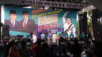 Sandiaga Uno menghadiri Deklarasi Relawan Rhoma for Prabowo-Sandi (PAS) di Markas Soneta Record, Depok, Jawa Barat, Minggu (28/10/2018).(Liputan6.com/Nafiysul Qodar)