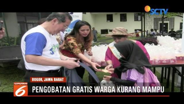 YPP SCTV-Indosiar bersama Yayasan Metropolitan Peduli, gelar pengobatan gratis dan bagi-bagi sembako di Bogor bagi warga kurang mampu.