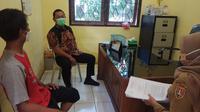 Wali Kota Semarang, Hendrar Prihadi sidak ke kantor Kelurahan Muktiharjo Kidul.