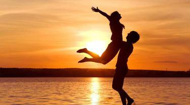 Ingin Bahagia, Pacaranlah dengan Orang yang Memiliki 6 Sifat Ini