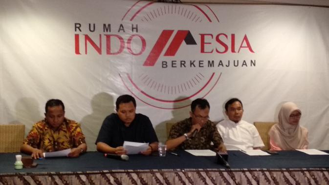 Aktivis Muhammadiyah Deklarasikan Dukung Jokowi-Maruf. (Liputan6.com/Ika Defianti)#source%3Dgooglier%2Ecom#https%3A%2F%2Fgooglier%2Ecom%2Fpage%2F%2F10000