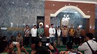 Sambutan Presiden Jokowi sebelum pembagian sertifkat wakaf di Masjid agung, Alun-alun Cibatu, Garut (Liputan6.com/Jayadi Supriadin)