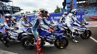 "PT Yamaha Indonesia Motor Manufacturing (YIMM) kini menyelenggarakan sebuah acara bertajuk ""Sunday Race R Cup Series""."