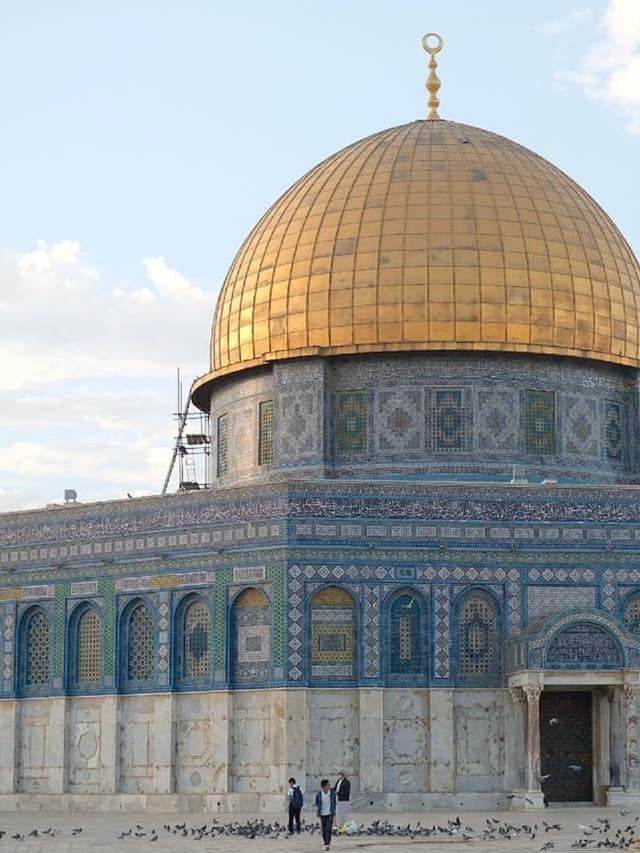 Keindahan Menapaki Jejak Rasul Di Setiap Sudut Perjalanan Religi