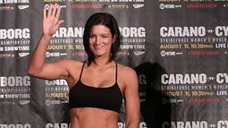 Gina yang kini berusia 33 tahun ini menekuni cabang beladiri Muay Thai. (www.imageevent.com)