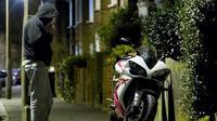 Ilustrasi pencuri sepeda motor (Visordown)