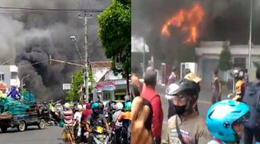 Kebakaran kompleks pertokoan