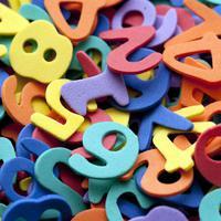 Virgo. Angka keberuntungan: 1, 4, 10, 13, 19, 22. Warna keberuntungan:  Emas, putih, orange, dan merah. (Via: eaudeflavor.com)