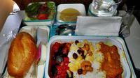 Seorang Pramugari Diskors Akibat Makan Sisa Makanan Penumpang (Sumber: food.reisha.net)