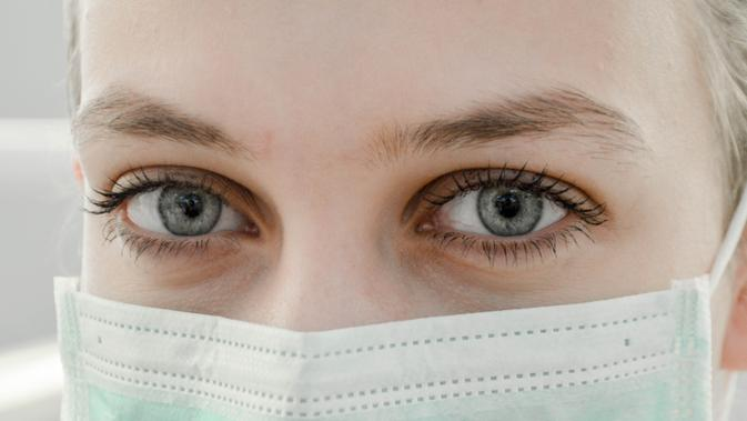 HEADLINE: Indonesia Jadi Sorotan Dunia Lantaran Belum Ada Virus Corona, Tidak Terdeteksi?