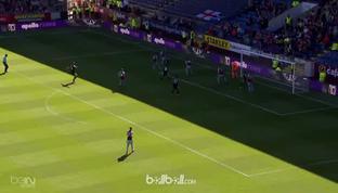 Burnley menutup musim 2017/2018 dengan meraih kekalahan tipis 2-1 atas Bournemouth, Minggu (13/5). Unggul lebih dulu berkat gol Ch...