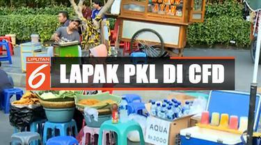 Keterbatasan lahan sebagai tempat berjualan menjadi salah satu alasan lapak dagangan PKL turun ke badan jalan.