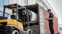 Bea Cukai akan memberlakukan secara penuh penggunaan sistem aplikasi Pemasukan dan Pengeluaran barang ke dan dari Pusat Logistik Berikat dalam rangka Ekspor dan/atau Transhipment (P3BET) pada 1 Januari 2019. Dok Bea dan Cukai.