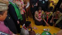 Menteri Kesehatan RI Nila Moeloek saat berkunjung ke SMK Negeri 1 Limboto di Kabupaten Gorontalo, Provinsi Gorontalo. (Foto: Liputan6.com/Fitri Haryanti Harsono)