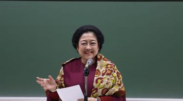 Megawati Soekarnoputri menyampaikan orasi ilmiah di hadapan mahasiswa-mahasiswi Universitas Soka, Tokyo, Jepang, Rabu (8/1/2020).