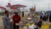 Dengan kenaikan harga BBM,  nelayan kecil menjadi sulit bergerak/