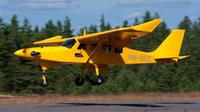 Pesawat pembawa penerjun payung Finlandia. (Finlandia Times)