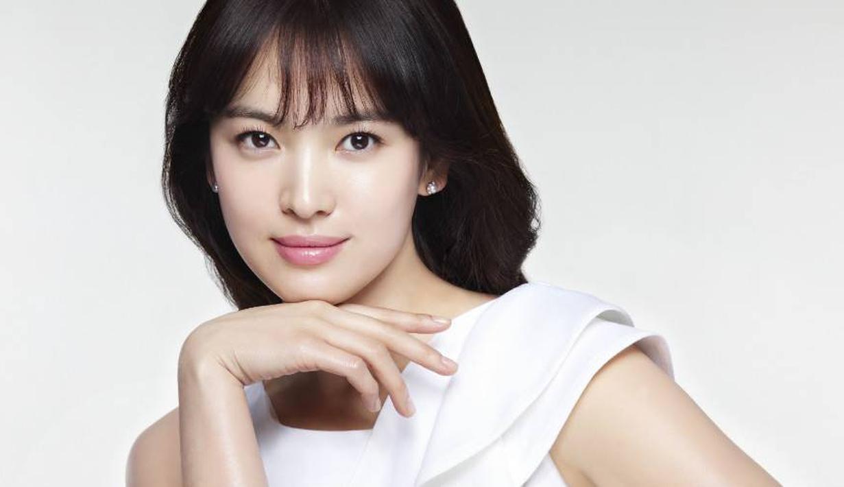 Nama Song Hye Kyo memang sudah tidak asing lagi bagi para penikmat drama Korea. Istri dari Song Joong Ki ini memang punya wajah cantik dan awet muda. (Foto: allkpop.com)