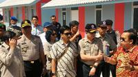 Meninjau pengungsian Gunung Sinabung (Liputan6.com / Reza Efendi)