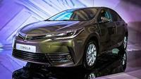 Toyota Corolla facelift yang sekaligus menjadi model 2017 akhirnya diperkenalkan ke publik dunia di Rusia, minggu lalu.