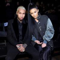 Tyga dan Kylie Jenner mengaku pacaran pada 2015. Keduanya putus nyambung hingga April 2017. Kini, Kylie pun bersama Travis Scott. (Getty Images/Elle)