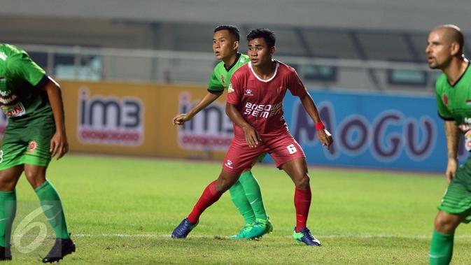 Bek PSM Makassar, Asnawi Mangkualam Bahar (Liputan6.com/Helmi Fithriansyah)