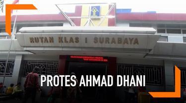 Sejumlah artis diklaim akan membuat petisi untuk membela Ahmad Dhani yang diberi penambahan penahanan.