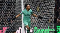 4. Pierre-Emerick Aubameyang (Arsenal) - 19 gol dan 5 assist (AFP/Ben Stansall)