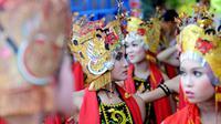Menpar Arief Yahya menghadiri parade Barong Ider Bumi di Desa Wisata Kemiren, Banyuwangi, Senin (26/6).