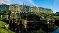 Peterhof Palace (sumber: pixabay)