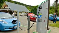 Stasiun pengisian baterai mobil listrik (Foto:Autonews)