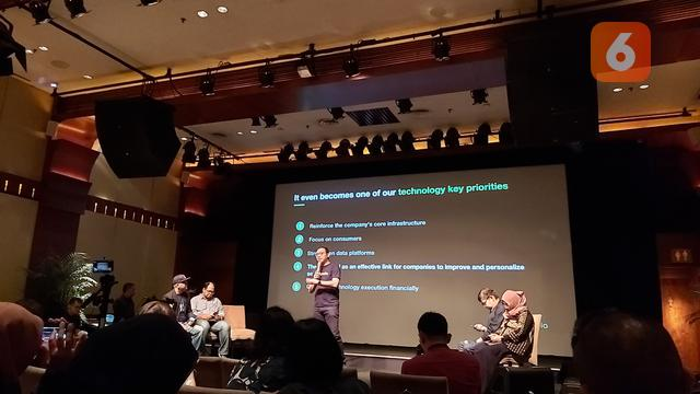 External Communications Senior Lead Tokopedia, Ekhel Chandra Wijaya dalam diskusi 'Tren IoT dan AI di Indonesia' yang diinisiasi Forum Wartawan Teknologi Indonesia (Forwat) di Jakarta, Selasa (10/3/2020).
