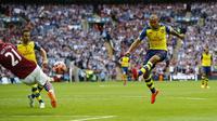 Arsenal vs Aston Villa (Reuters/Darren Staples)