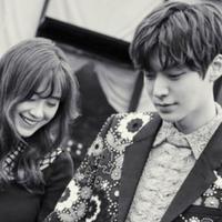 Ahn Jae Hyun dan Goo Hye Sun resmi menikah [foto: soompi]