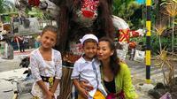 Indah Kalalo dan anak-anaknya (Instagram/ indahkalalo)