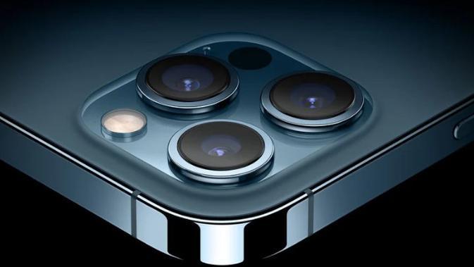 iPhone 13 Pro akan dilengkapi sensor autofocus pada kamera ultra-wide. Itu juga akan menggunakan lensa enam elemen untuk menunjang pengambilan gambar low-light. (dok: MacRumors)