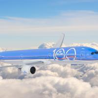 Merayakan 100 tahun beroperasi, KLM gelar sebuah pameran di Erasmus Huis (Foto: KLM)