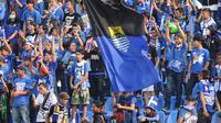 Bobotoh (julukan suporter Persib Bandung) memenuhi Stadion Si Jalak Harupat, (10/6/2014) untuk menyaksikan laga tim berjuluk Maung Bandung melawan Barito Putera. (Liputan6.com/Helmi Fithriansyah)