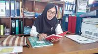 dr. Janna Markus Yajariawati, Kepala Bidang Pencegahan dan Pengendalian Penyakit, Dinas Kesehatan Kabupaten Garut, saat ditemui di kantornya, Rabu (21/8/2019) (Liputan6.com/Jayadi Supriadin)