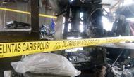 Pabrik mi sohun di Kabupaten Banyuasin Sumsel digerebek oleh Polsek Talang Kelapa dan instansi terkait, diduga karena menggunakan zat kimia dan kecoa (Liputan6.com / Nefri Inge)