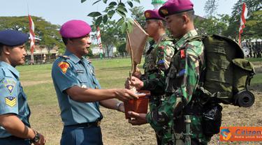 Citizen6, Madura: TMMD tersebut dilaksanakan di Desa Oloh, Kecamatan Blega, Bangkalan Madura berlangsung selama 21 hari dalam suatu upacara dilapangan Alun-alun Bangkalan Madura. (Pengirim: Budi Abdillah)