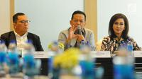 Ketua Komite Ekonomi dan Industri Nasional atau KEIN Soetrisno Bachir (tengah) saat berdiskusi dengan media di Jakarta, Senin (27/5/2019). Diskusi tersebut membahas percepatan investasi dan ekspor untuk mendorong pertumbuhan yang berkualitas. (Liputan6.com/Angga Yuniar)