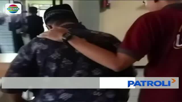 Seorang guru sekolah dasar di Situbondo, Jawa Timur, cabuli delapan muridnya setiap hari Senin.