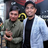 Yovie Widianto dan Glenn Fredly (Foto: Adrian Putra/Bintang.com)