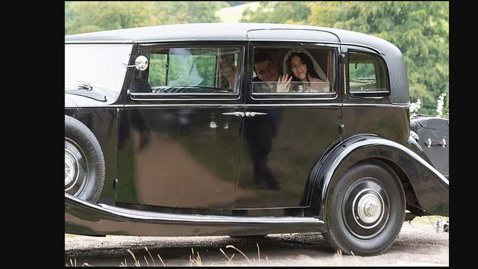 Lucy Rausing, putri keluarga miliarder yang menikahi fotografer. Dok: Daily Mail