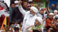 Banner Infografis Kerumunan di Petamburan dan Potensi Klaster Covid-19. (Merdeka.com/Imam Buhori)
