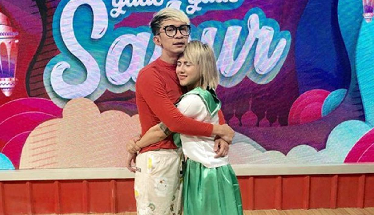 Komedian Aming resmi rujuk dengan sang mantan istri, Evelyn Nada Anjani (Liputan6.com/IG/evelinnadaanjani)